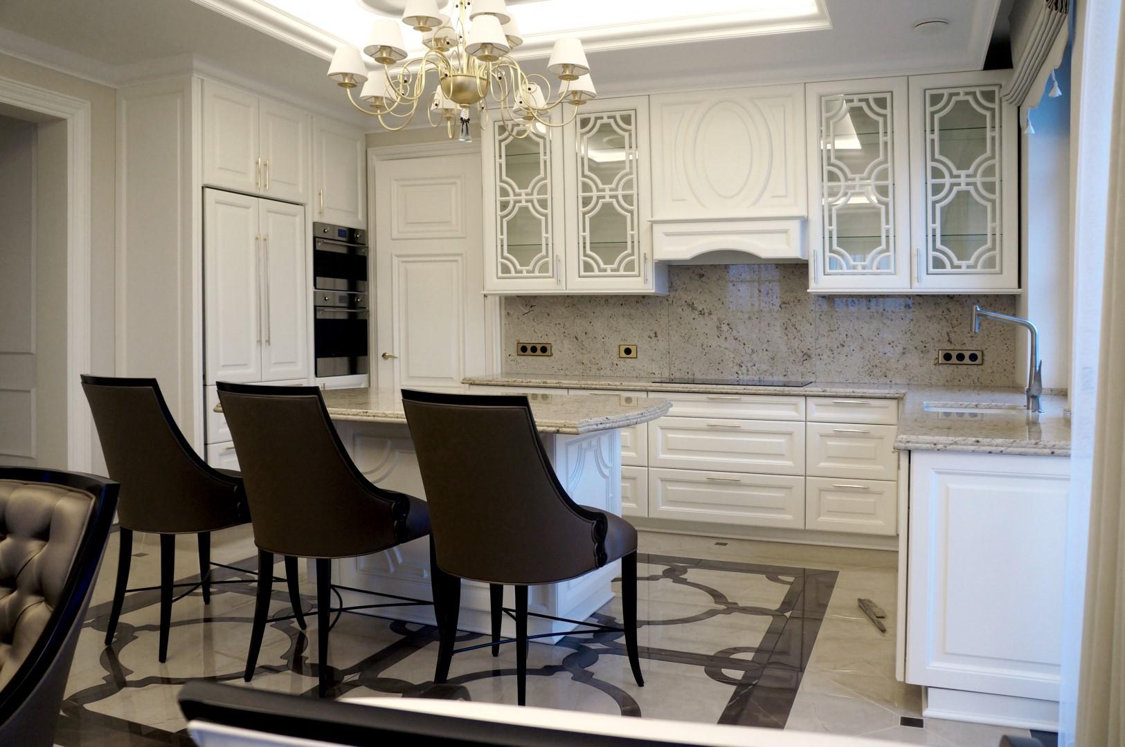 Medžio masyvo virtuvės baldai gaminami Panevėžyje